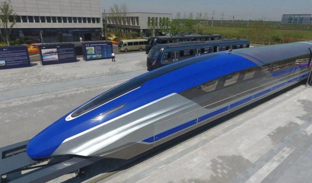 اولین قطار سریع السیر جهان با سرعت 620 کیلومتر در ساعت در چین