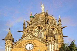 تصاویری از پایانه چاتراپاتی شیواجی شهر بمبئی
