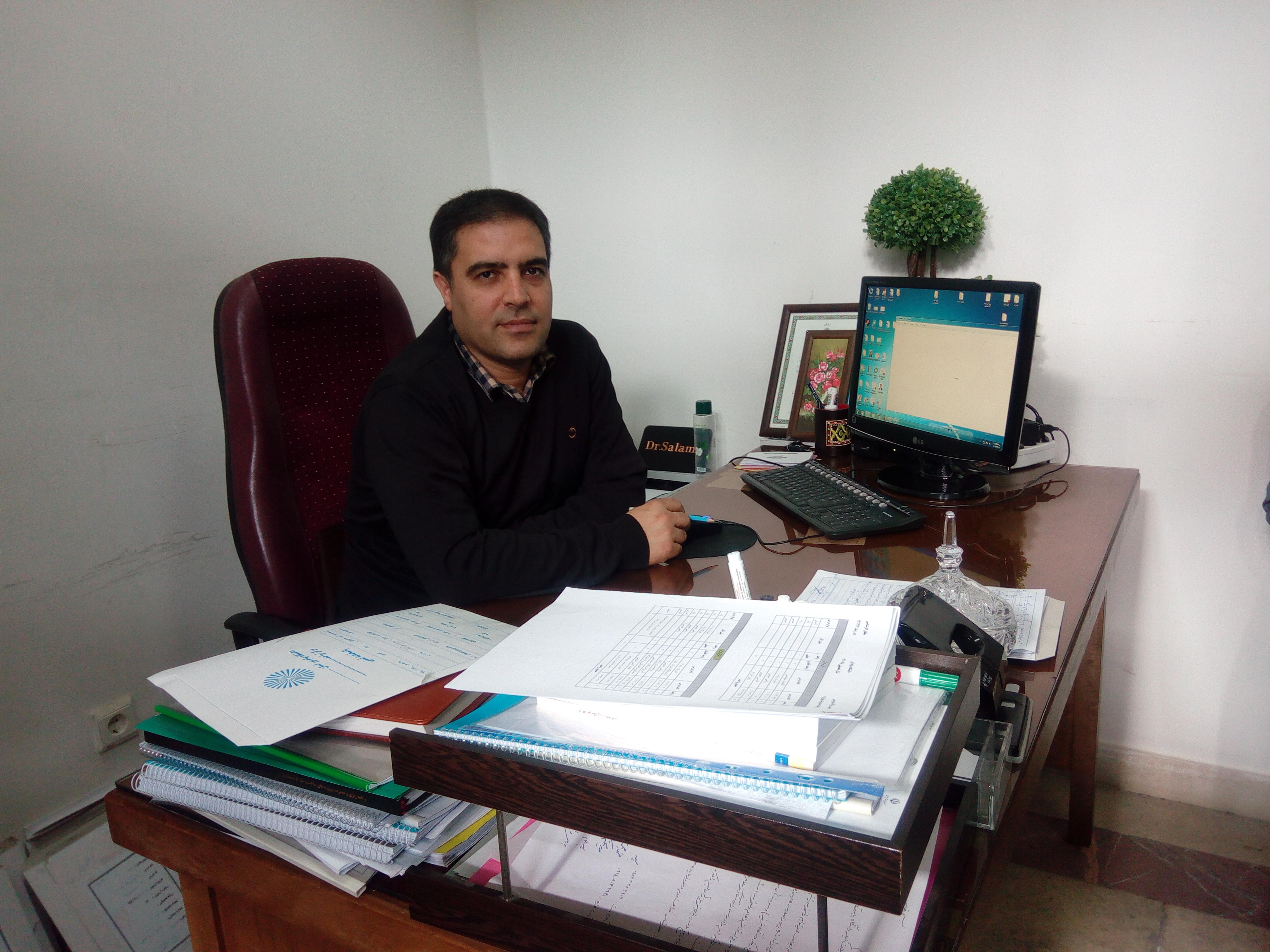 مصاحبه دانشجویی با دکتر سلامی مدیرگروه رشته مهندسی راه آهن دانشگاه پیام نور تبریز