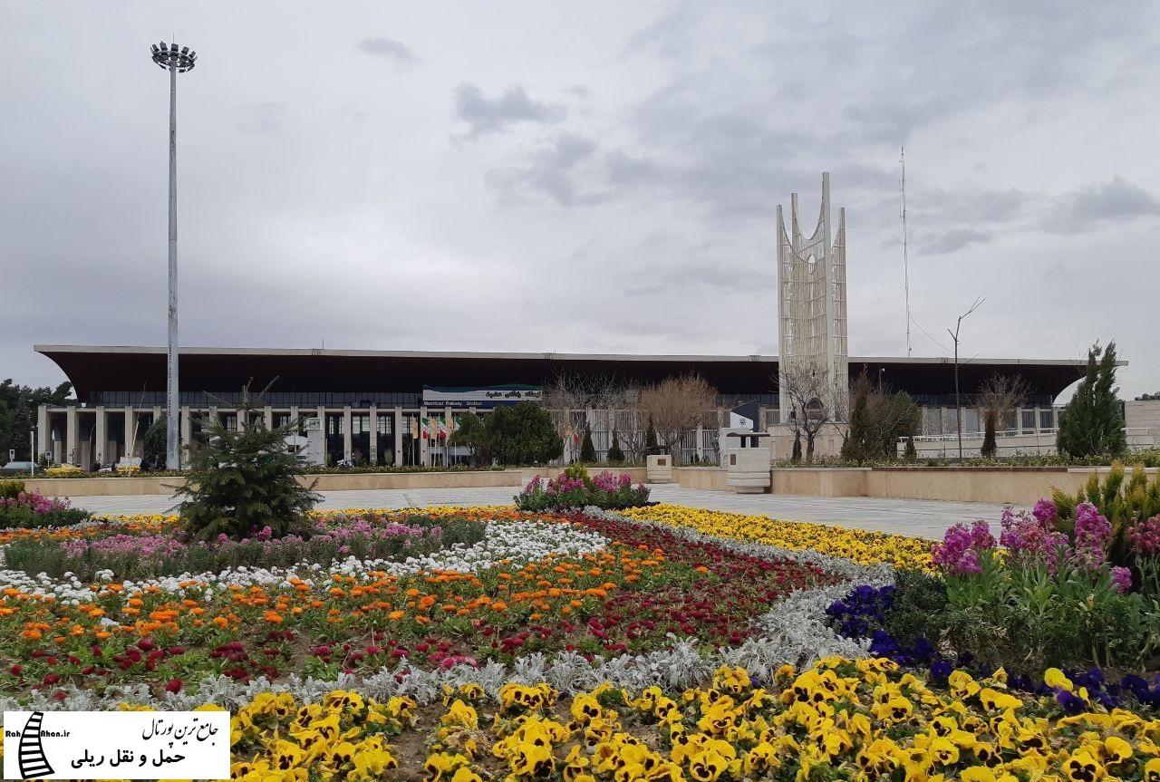 جابجایی بیش از ۹۰۰ هزار زائر و مسافر در ایام نوروز ۹۸ از راه آهن خراسان