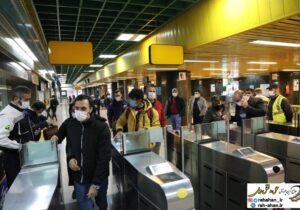عدم رعایت مصوبات ستاد ملی مقابله با کرونا در ایام قرنطینه ابلاغی، باعث ازدحام مسافری در مترو شد